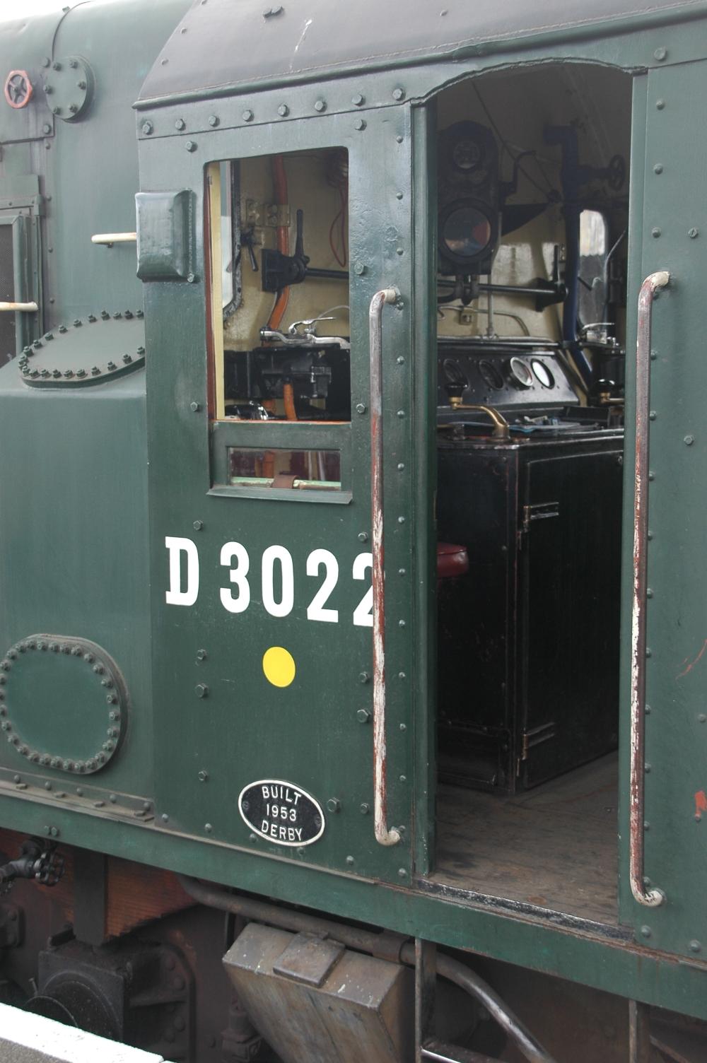 D 3022