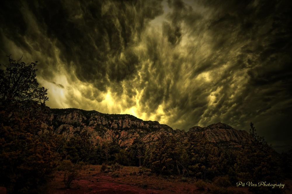 "clouds and ""fire"" over the Mogollon Rim"