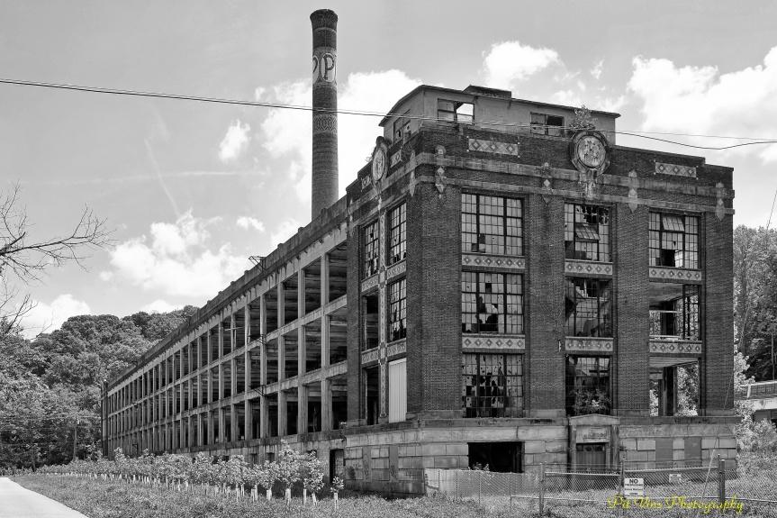 Peters Cratridge Company building
